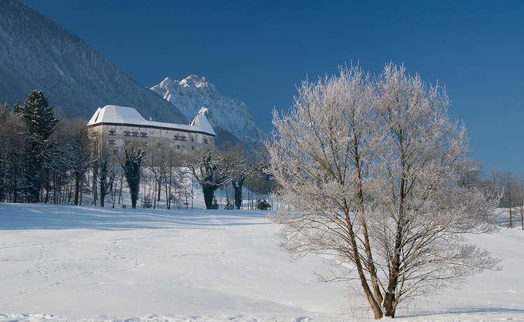 Schloss Staufeneck Piding Winter