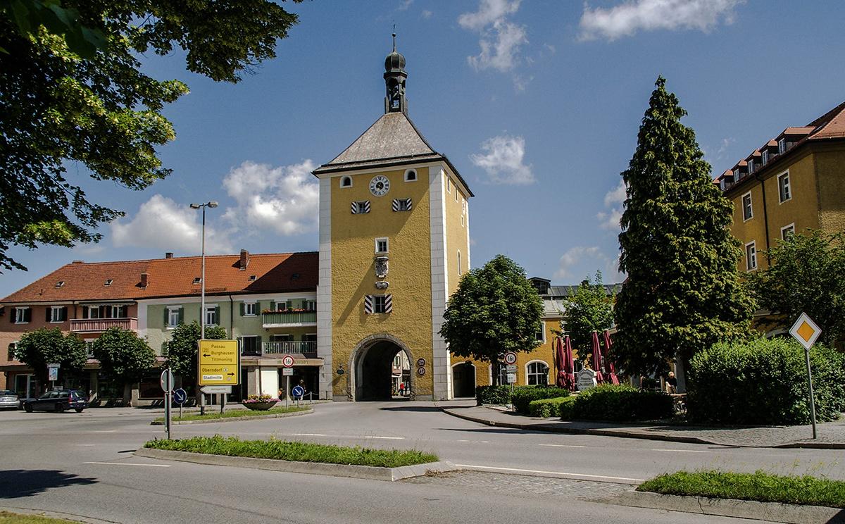 Altstadt Laufen 9
